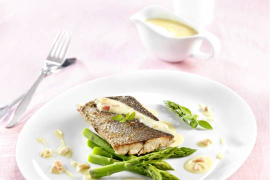 Filet de maigre au beurre blanc - © Cooklook